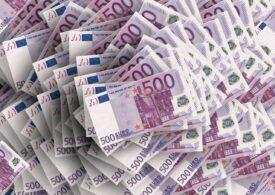 Curs valutar: După o zi de pauză, euro revine la creștere