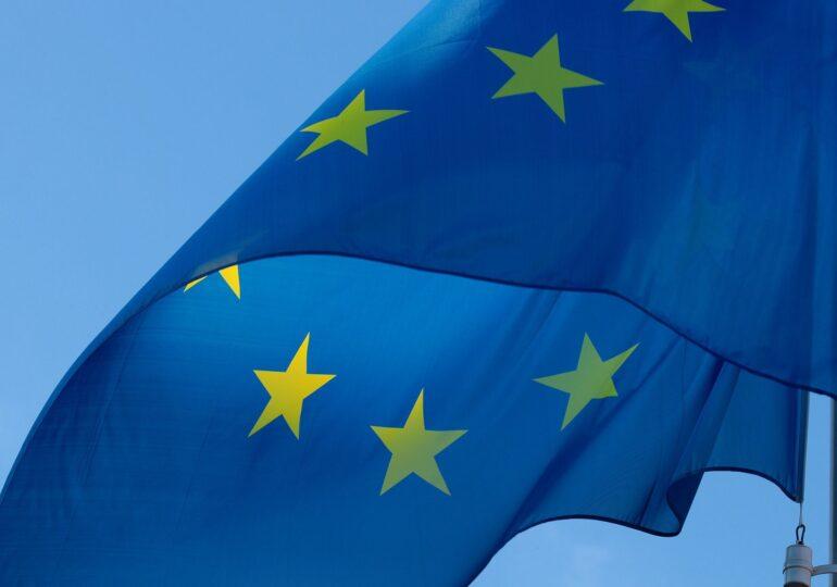 Preşedinţia Consiliului UE anunță că procedura privind încălcarea statului de drept în Polonia şi Ungaria va continua