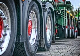 Ministrul Transporturilor anunță eliminarea vinietei pentru traficul greu și introducerea unei taxe pe distanță