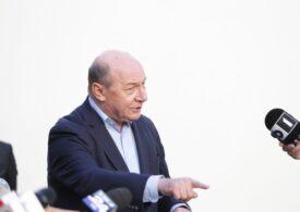 Tomac încă mai speră să intre în Parlament. Băsescu: PMP şi-a luat ''aurul'' înapoi  în R.Moldova