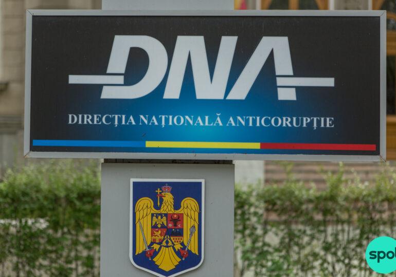 """Fostul șef de la """"Apele Române"""", trimis în judecată pentru o șpagă de un milion de euro"""