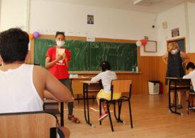 Vești bune: Oamenii cu suflet pun mână de la mână, astfel încât școala să înceapă cu bine pentru toți