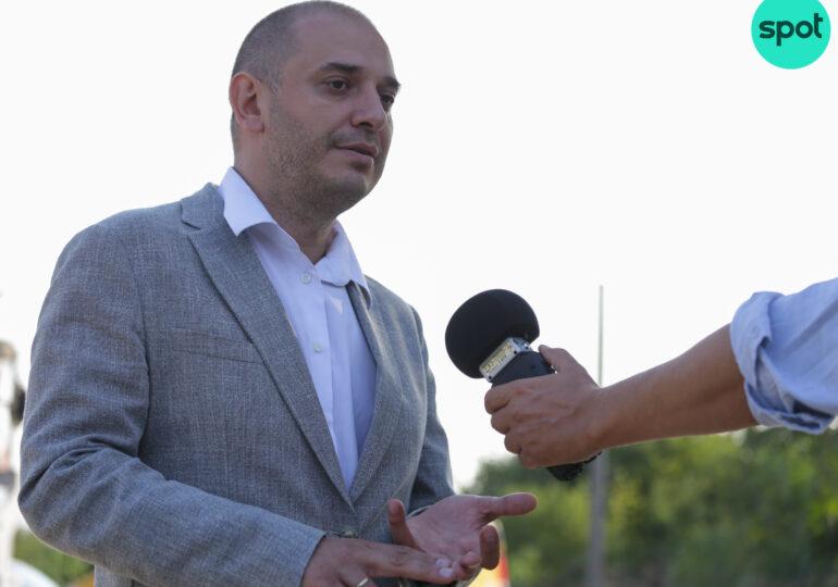 Primarul Radu Mihaiu promite să repornească sistemul de burse, dar nu mai sunt bani și pentru luminițele de Crăciun