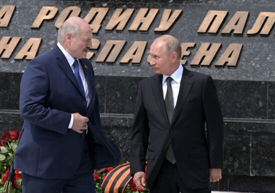 """Îl va salva Putin pe Protasevici, înainte de întâlnirea cu Biden? Capcana lui Lukașenko <span style=""""color:#ff0000;font-size:100%;"""">Interviu video</span>"""