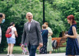 Radu Mihaiu, candidatul USR-PLUS la Primăria Sectorului 2: Avem de zece ori mai multe mașini ca locuri de parcare (P) Interviu video