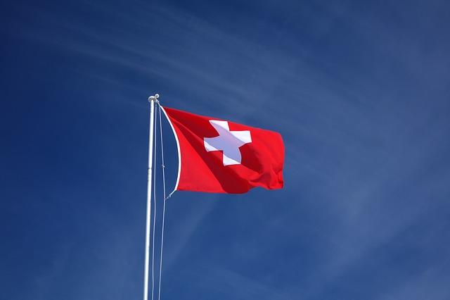Elveţienii au legalizat prin referendum căsătoria între persoane de acelaşi sex