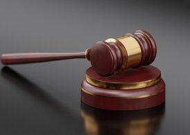 Dubla crimă de la Oneşti: Soţia agresorului a fost arestată preventiv, pentru că l-a încurajat