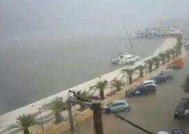 Atenționare de călătorie în Grecia: Ploi și furtuni în unele insule