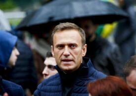 Echipa lui Navalnîi spune că otrava i-a fost pusă într-o sticlă cu apă pe care a băut-o în hotel și publică imagini de atunci (Video)