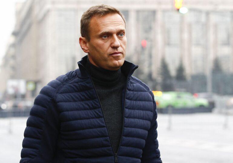 Navalnîi ar fi fost otrăvit de experţi în armament chimic din cadrul  FSB, serviciul secret al Moscovei