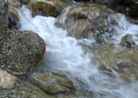 Cod galben de inundaţii pe râuri din 26 de judeţe până duminică dimineaţa