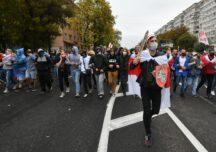 Protestele continuă