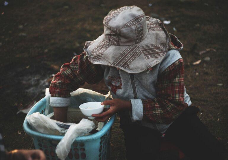 Apel către miliardarii lumii: Avem nevoie de bani pentru a hrăni 30 de milioane de oameni care riscă să moară din cauza înfometării