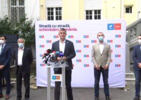 Cioloș și Barna, despre negocieri: Vom fi fermi pe principiile noastre, chiar dacă PNL va zice 'Uite, ăștia mici și răi nu prea ascultă'