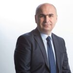 Ilie Bolojan concediază jumătate din angajații Consiliului Județean Bihor! Aveau salarii de 270.000 de euro pe lună, plus bonusuri