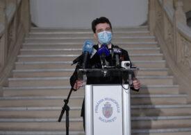Nicușor Dan susține închiderea școlilor din București și așteaptă harta electronică a pandemiei, pentru a vedea dacă închide și străzi din oraș