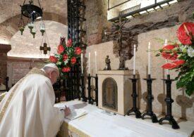 Papa Francisc susţine parteneriatul gay? Vaticanul vine cu precizări despre documentarul în care pare să spună asta şi îl acuză pe regizor de manipulare