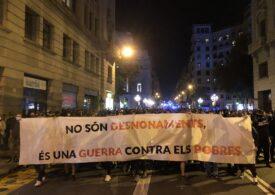 Proteste violente față de restricțiile impuse în Spania și Italia din cauza pandemiei. Autoritățile dau vina pe extremiști și huligani