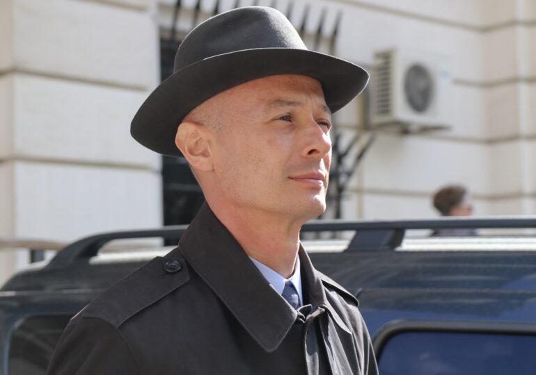 Fostul preşedinte al Camerei Deputaţilor Bogdan Olteanu, condamnat definitiv la 5 ani de închisoare
