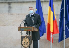 """Iohannis anunţă că vom primi mai întâi doar 10.000 de doze de vaccin, un lot """"simbolic"""""""