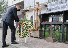 5 ani de la Colectiv. Iohannis a depus o coroană de flori în memoria victimelor și a promulgat legea privind decontarea pe viață a tratamentului pentru supravieţuitori