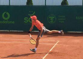 Un român,  în optimile de finală ale probei de dublu a juniorilor de la Roland Garros