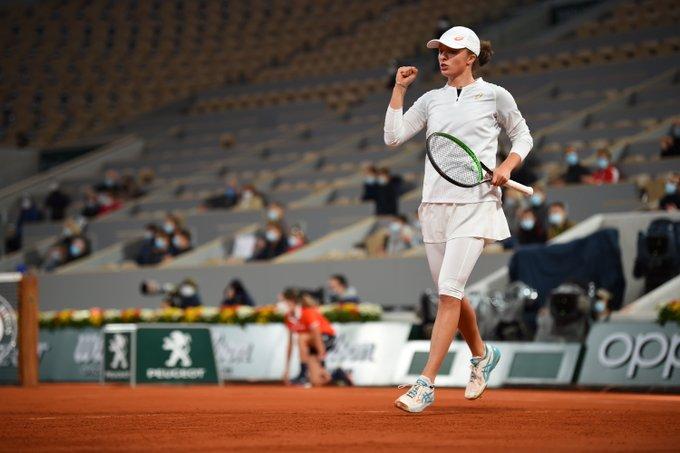 Programul finalelor de la Roland Garros: Iată când vor avea loc duelurile Iga Swiatek - Sofia Kenin și Rafael Nadal -  Novak Djokovic