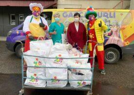 Ziua Eșarfelor Colorate, campanie Zurli pentru copiii bolnavi de cancer