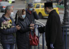 Aproape 8.000 de oameni au fost duminică la Patriarhie, să se închine la Moaștele Sf. Dumitru
