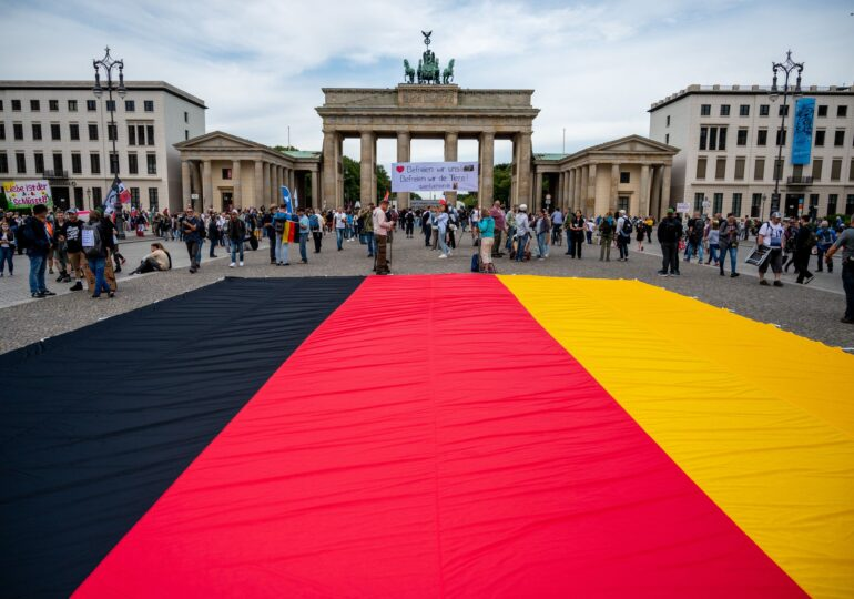 Germanii se tem mai mult de creșterea taxelor decât de coronavirus