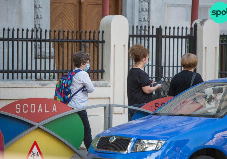Școli deschise? Specialistul în sănătate publică Răzvan Cherecheș e îngrijorat de tulpina din Marea Britanie, foarte contagioasă și printre copii