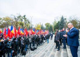 """Igor Dodon, amenințări cu pumnul strâns, cu două zile înainte de turul doi al alegerilor din Republica Moldova: """"Până nu primesc înapoi la bot, nu înțeleg"""""""