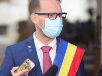 Averea lui Fritz, primarul Timişoarei: Are acţiuni la Samsung sau Netflix, dar şi împrumuturi luate pentru campania electorală