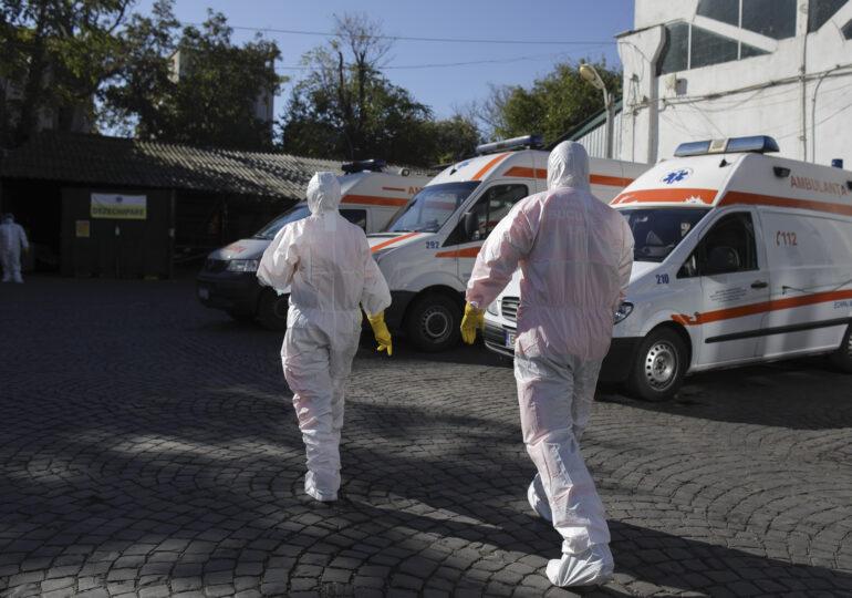 Încă trei cazuri cu tulpina britanică au fost confirmate în România. Două au fost depistate la școala-focar din Capitală