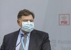 Rafila îşi doreşte o dezbatere cu ministrul Tătaru şi nu susţine testarea în masă, pe modelul Slovaciei