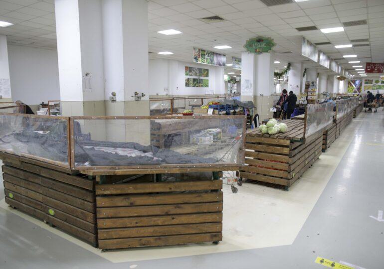 Pieţele trebuie redeschise. Parlamentul a votat amendamentul lui Ciolacu şi legea merge la Iohannis