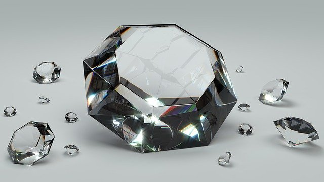 Cercetătorii australieni au creat diamante la temperatura camerei, în doar câteva minute