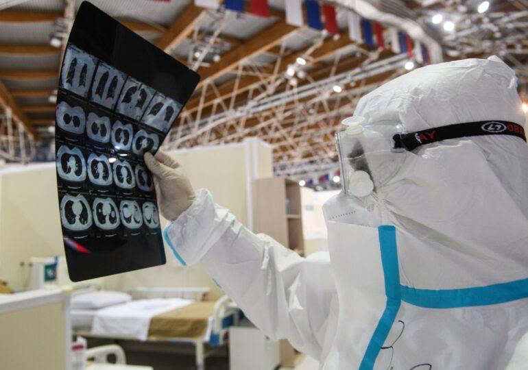 Nou record de infectări  în Rusia. La Moscova, un patinoar a fost transformat în spital COVID