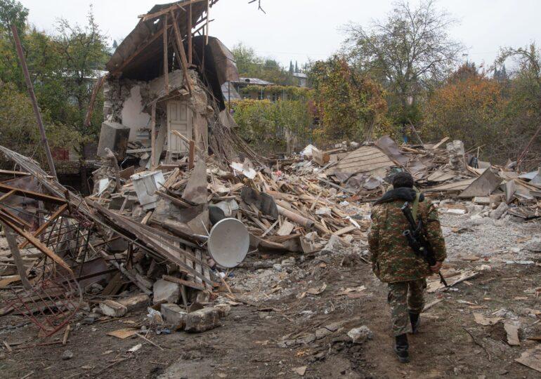 Pace în Nagorno-Karabah? Armenia şi Azerbaidjan au semnat un acord de încetare a focului