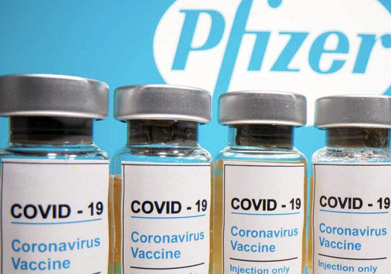 Guvernul britanic a publicat prospectul vaccinului Pfizer. Cui poate fi administrat și ce reacții adverse pot să apară
