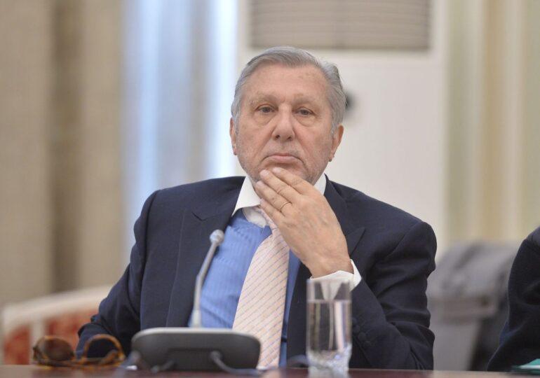 Ilie Năstase spune că se gândește să dea statul român în judecată