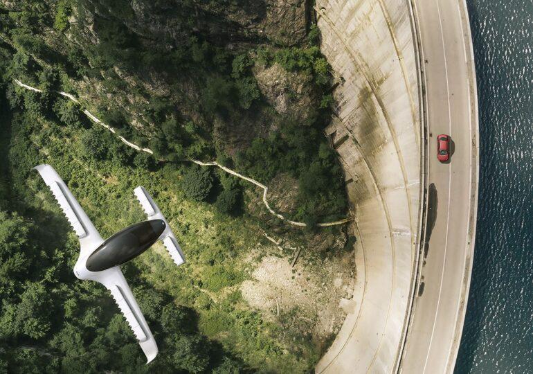 Taxiul zburător va funcționa în Germania și SUA. E electric, decolează vertical și o cursă costă ca la Uber (Galerie foto)