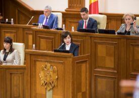 Guvernul interimar de la Chișinău cere Parlamentului instituirea stării de urgență în Republica Moldova