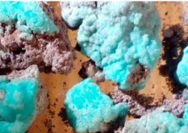 Un nou tip de mineral a fost descoperit într-un vulcan din Rusia