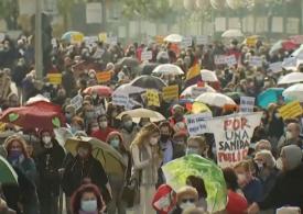 Mii de manifestanţi din sistemul de sănătate publică au protestat la Madrid (Video)