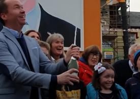 Orașul strămoșilor lui Joe Biden din Irlanda a sărbătorit în stradă victoria de la prezidențiale