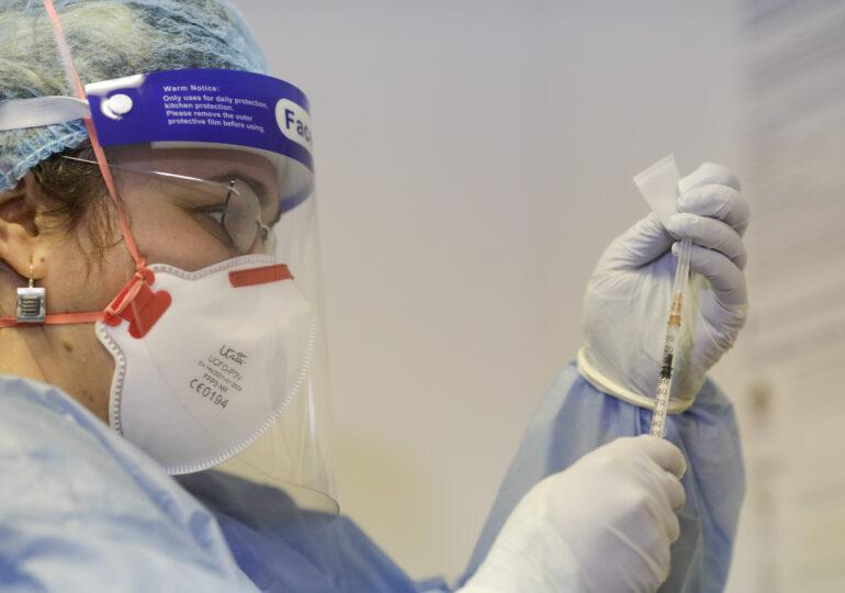 Dozele de vaccin antiCovid neutilizate din prima tranșă merg către alte spitale