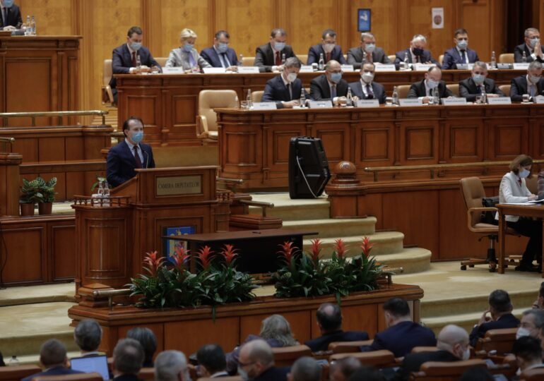 Guvernul Cîțu a trecut de votul Parlamentului