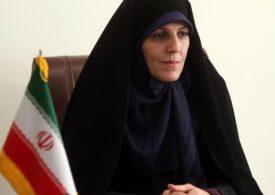 Shahindokht Molaverdi, fost vicepreşedinte iranian, condamnată 30 de luni de închisoare