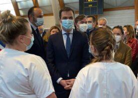 Franța ar putea să intre în cel de-al treilea lockdown